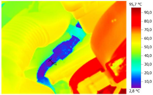Термограмма трубок кондиционера при работающем двигателе