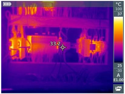 Дисплей тепловизора с обозначением IFOV-Warner